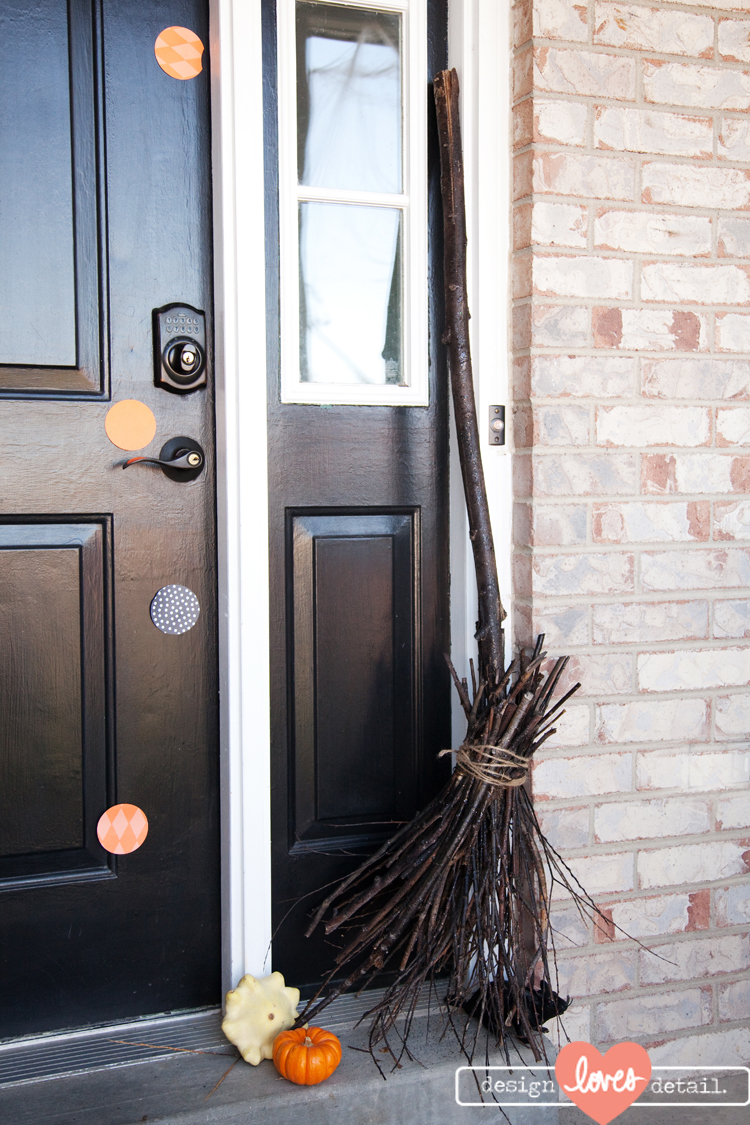 DIY Project: Witches Broom Halloween Decor
