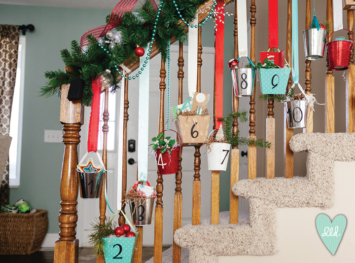 ... Red White and Turquoise Christmas Decor--DesignLovesDetail Holiday Home Tour07 ...
