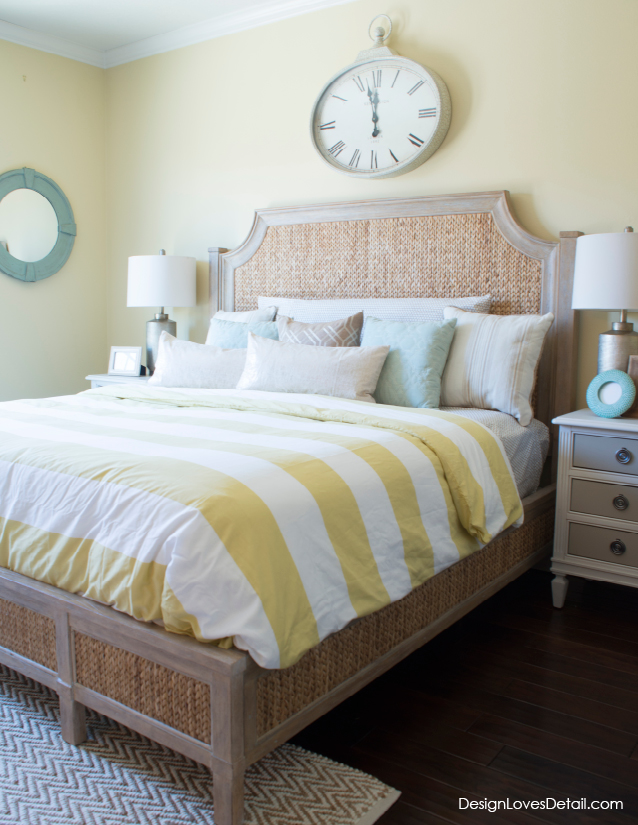 The most perfect coastal preppy retreat. Love the seagrass bed and stripes with mint accents.