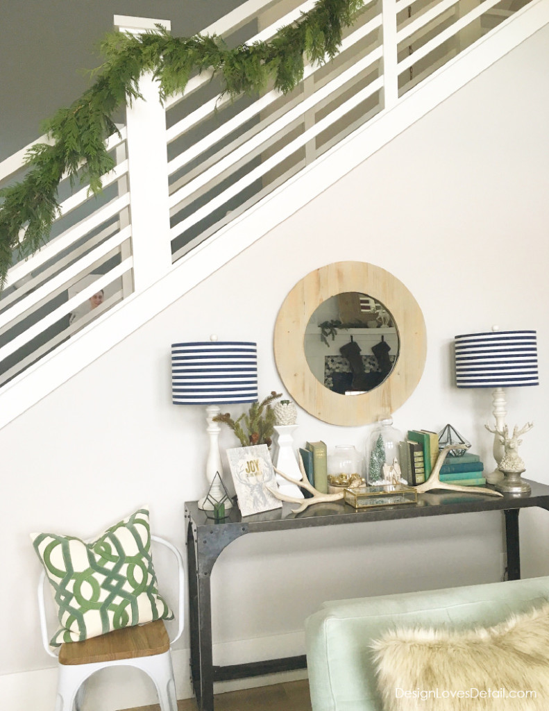 Love this modern take on holiday decor. Natural greenery just says Christmas to me!