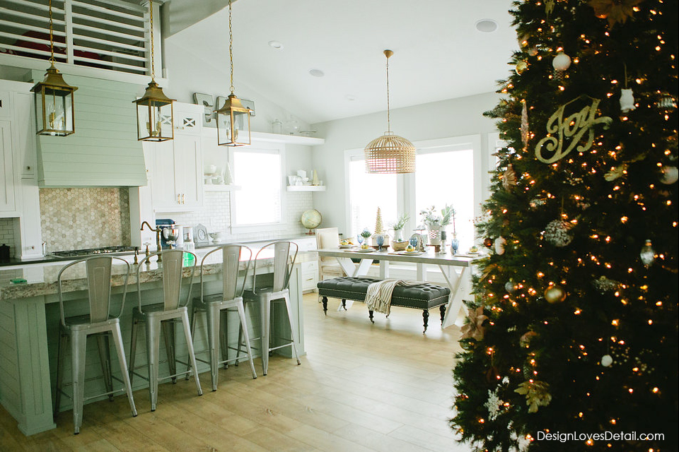 Christmas kitchen and dining room