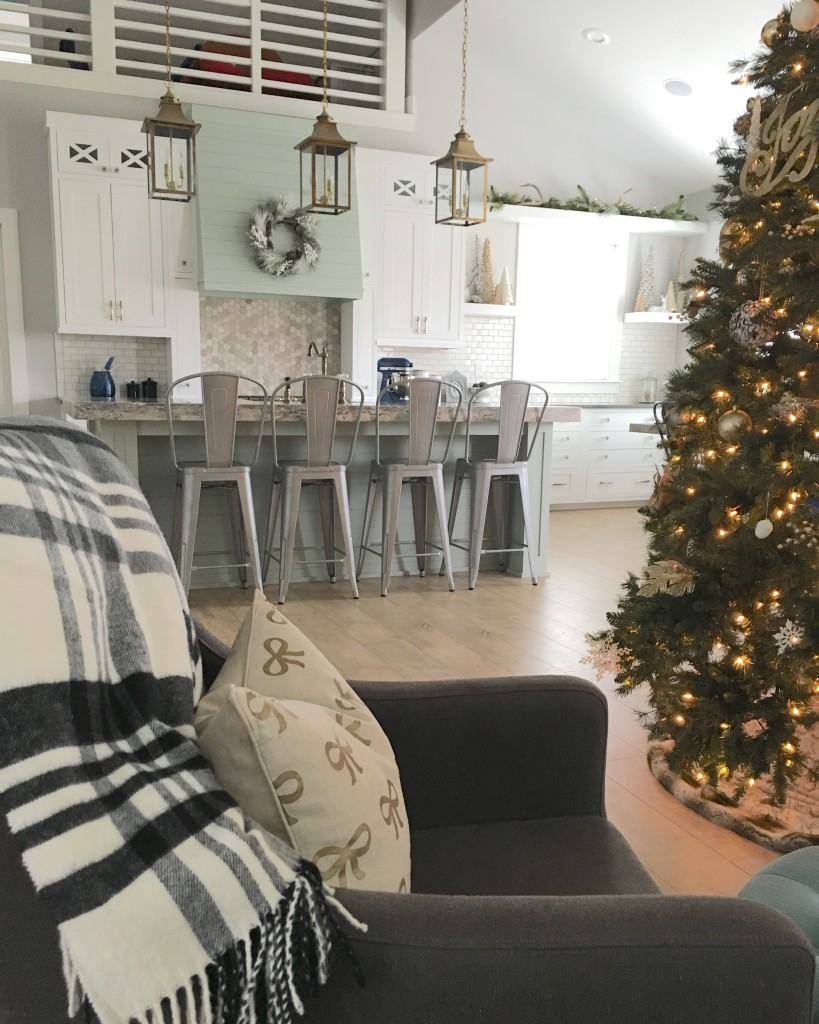Christmas kitchen by Design Loves Detail