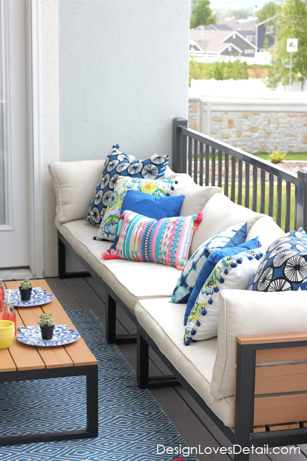Cutest outdoor patio set up with links to products & pillows!