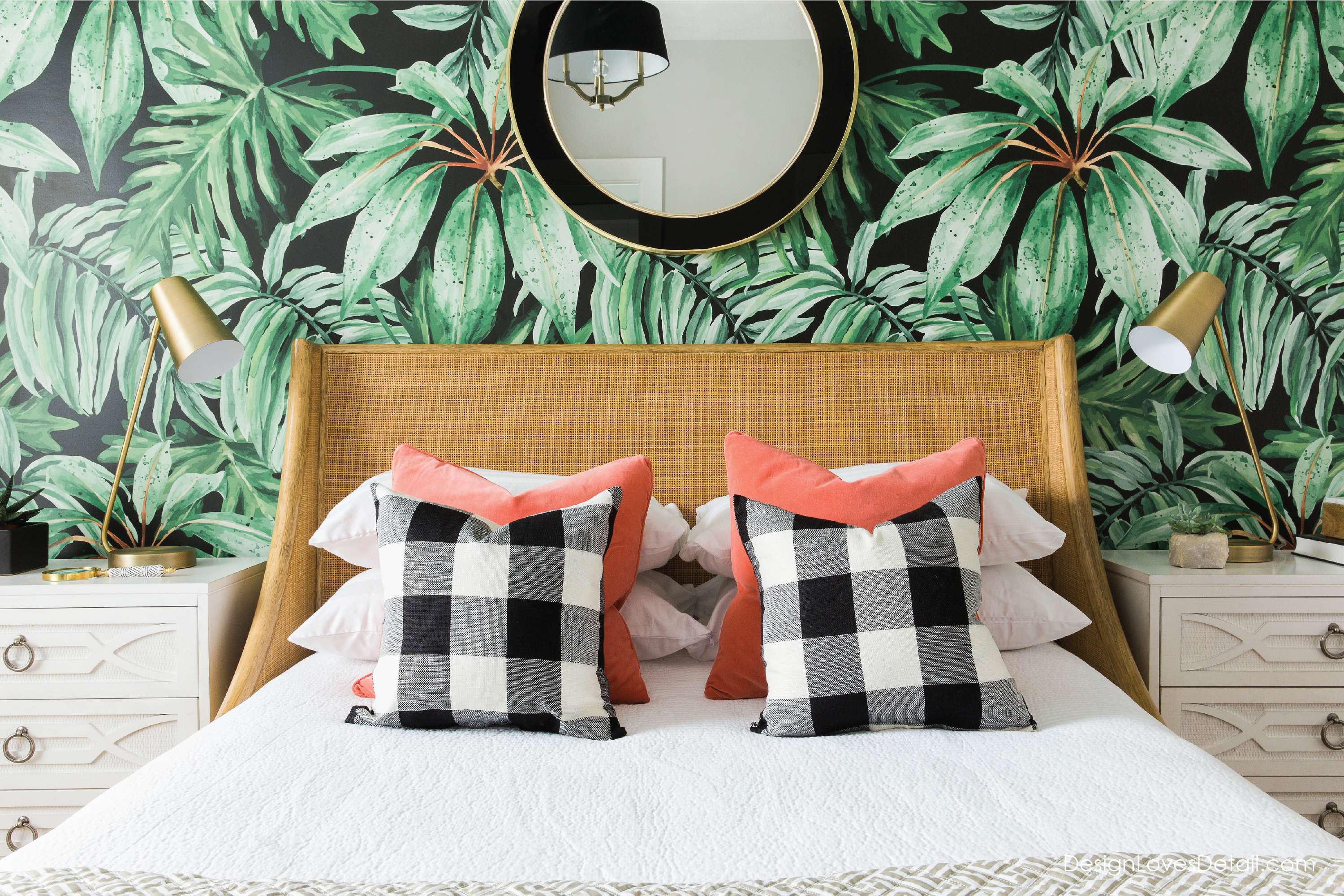The coolest guest bedroom ever! Love that tropical palm leaf wallpaper!!