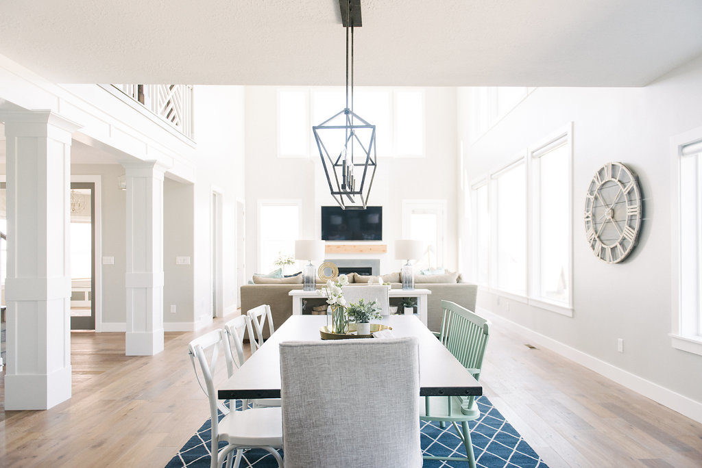 Beautiful Modern Farmhouse Dining Room by DesignLovesDetail.com