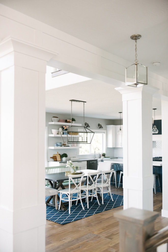 Beautiful modern farmhouse kitchen with traditional elements for an upscale look on a budget.
