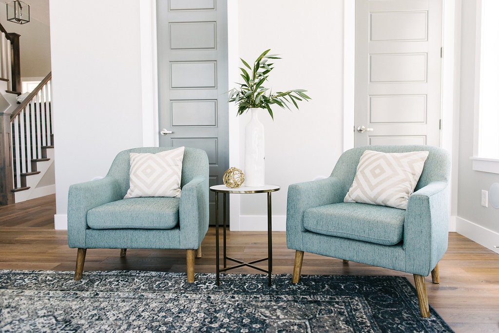 I adore these chairs and can you even believe they cost under $200 each?! Product links are included in blog post. See more on DesignLovesDetail.com
