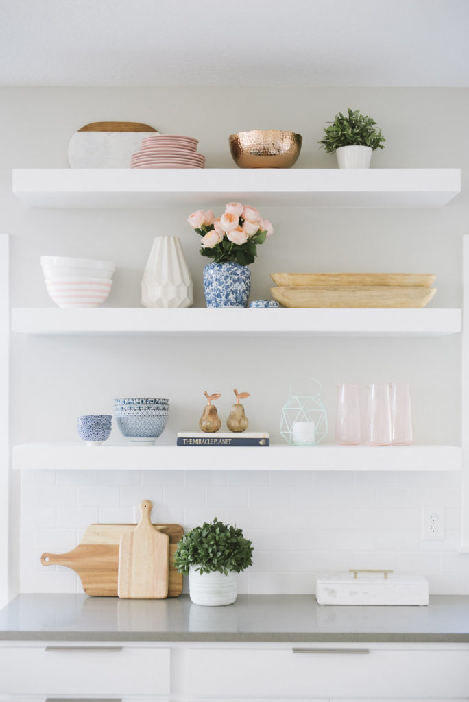 Gorgeous Shelf Styling tips from DesignLovesDetail.com. Get this look for less-- product links included in blog post.