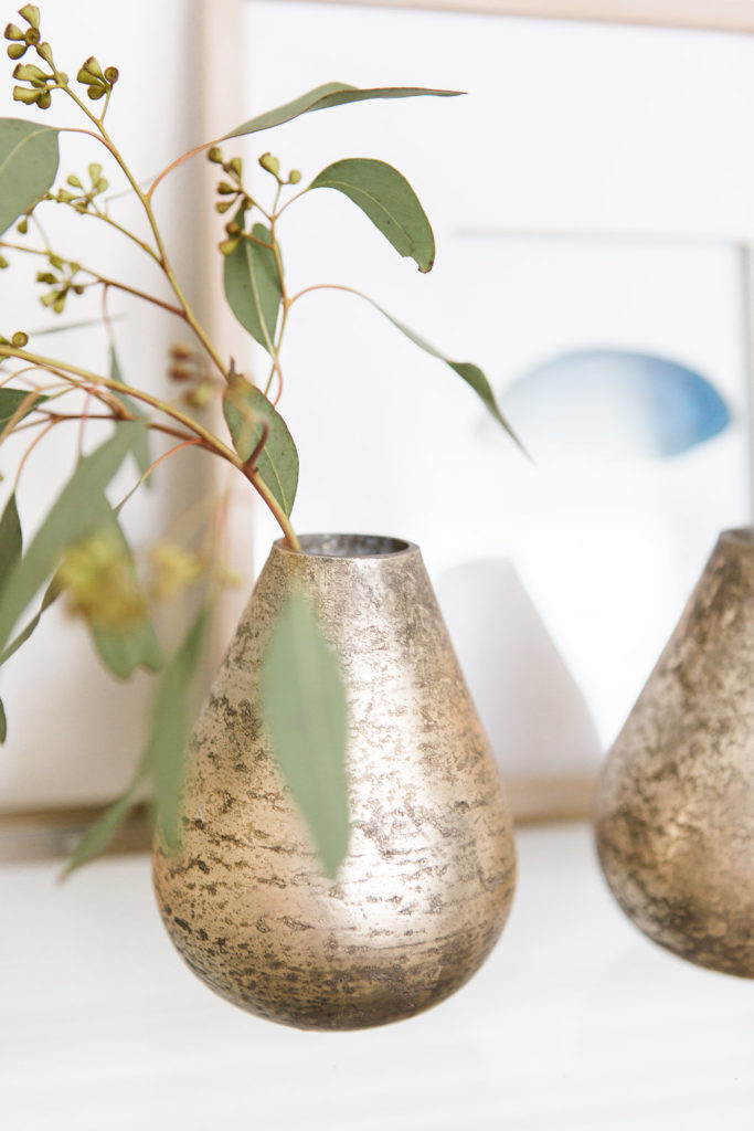 love these little brass vases