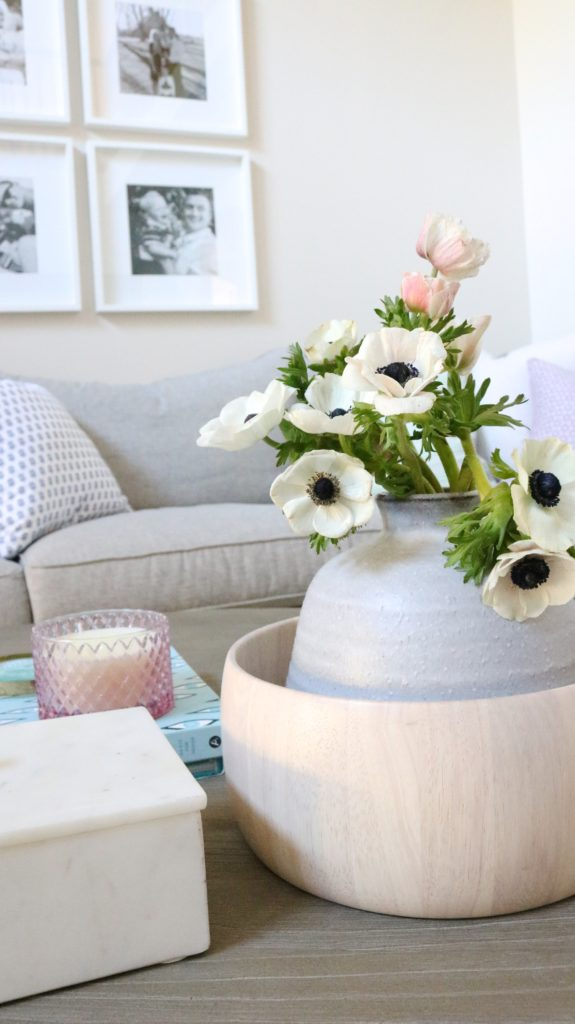 love these flowers and decor ideas. check out the full home tour!